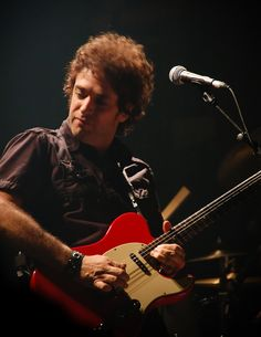 See Gustavo Cerati pictures, photo shoots, and listen online to the latest music. Soda Stereo, Joan Rivers, Zeta Bosio, Image Rock, Best Guitar Players, Perfect Love, Guitar Tabs, Enjoy Your Life, Music People