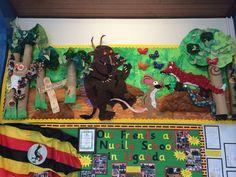 The gruffalo display Gruffalo Eyfs, Gruffalo Activities, The Gruffalo, Art Activities, Eyfs Classroom, Classroom Setup, Gruffalo's Child, Reading Display, School Displays