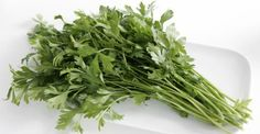 Lung cancer is one of the most common cause for death. From this disease die more people than colon cancer, breast cancer and pancreas, together. 75 to 80% of the cases of lung cancer derived from cancer known as non-small lung cancer. A study shows that parsley can be used as a cure for this […]