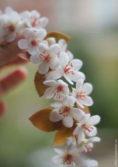 Kanzashi Flowers, Felt Flowers, Diy Flowers, Flower Crafts, Spring Flowers, Polymer Clay Flowers, Ceramic Flowers, Polymer Clay Jewelry, Biscuit
