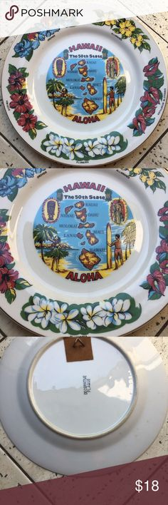 Vintage Souvenir Hawaii Islands & Flowers Plate Vintage Souvenir Hawaii Islands & Flowers Plate. Colorful Design! Collectible plate! Gold edges! Vintage Other