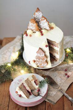KakkuKatri: Piparkakkuinen joulukakku Camembert Cheese, Dairy, Food, Essen, Meals, Yemek, Eten