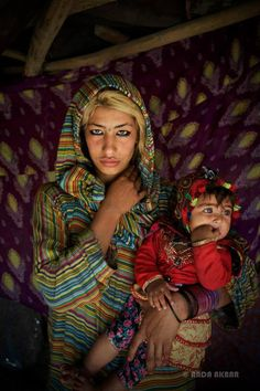 I don't think I've ever seen an Afghan person with blonde hair. Afghanistan, Blonde Hair, Asia, Children, People, Photography, Faces, Style, Fashion