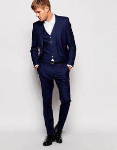 Image 1 - Selected Homme - Costume cintré - Bleu marine www. Wedding Vest, Wedding Suits, Costume Marie Bleu, Costume Bleu Marine, Charcoal Gray Suit, Blue Tux, Men's Business Outfits, Well Dressed Men, Blazers For Men