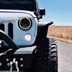 Classic Car Insurance – Information And Tips – Best Worst Car Insurance Jeep Wrangler Camper, Black Jeep Wrangler, Jeep Jk, Jeep Wrangler Doors, White Jeep Wrangler Unlimited, Led Halo Headlights, Jeep Tire Cover, Blue Jeep, Jeep Wrangler Accessories
