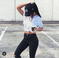 Casual outfit: black jeans, white tee, NY cap