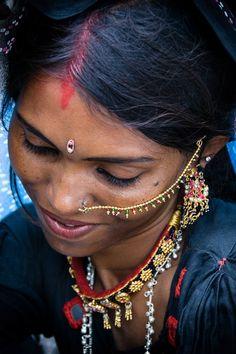 kalisherni:    pakizah:    India  Mirjam Letsch    beauty