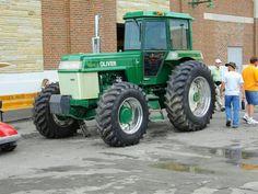 Spirit of OLIVER FWD Antique Tractors, Vintage Tractors, Vintage Farm, Big Tractors, Farmall Tractors, Farm Trucks, New Trucks, White Tractor, Tractor Photos