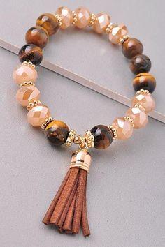 The Tassel Bracelet - Brown – Bellas Basket # pulseiras Tassel Bracelet, Tassel Jewelry, Jewelery, Jewelry Bracelets, Diy Schmuck, Schmuck Design, Handmade Bracelets, Handmade Jewelry, Jewelry Accessories