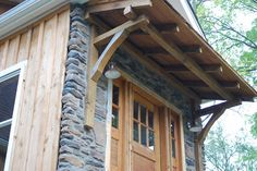 Timber Frame porch from reclaimed barn wood. Porch Awning, Porch Roof, Shed Roof, Front Porch, Diy Awning, Trailer Casa, Porch Timber, Door Overhang, Cidades Do Interior