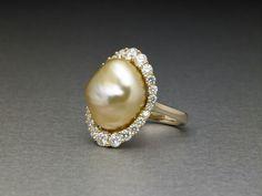 Ben Bunda Golden Baroque Pearl Ring