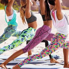 Crew outfit goals. #fitness #fashion #style #yoga #love #friday #instagood #vs #lunge #colour #beach #igfit