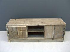 Tv meubel van steigerhout met 2 deurtjes en schapjes (22131538)
