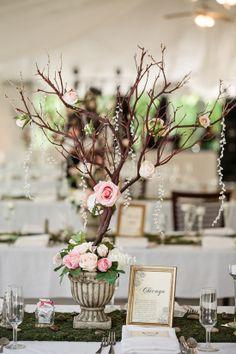 Branch centerpieces are so unique yet gorgeous! #weddings #weddingdecor