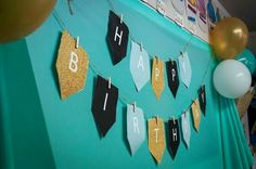 A close up of the banner, backdrop and balloons. Banner Backdrop, Close Up, Backdrops, Balloons, Flag, Art, Art Background, Globes, Kunst