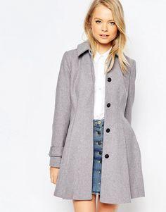 f7d4ba6de Купить приталенное женское пальто в интернет-магазине Womansmyle.ru.  Известные бренды, большой выбор, скидки