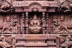 Surya Palagai Design for Main Door Single Door Design, Wooden Main Door Design, Wood Bed Design, Tv Wall Design, Indian Doors, Pooja Room Door Design, Stair Decor, Pooja Rooms, Bathroom Design Luxury