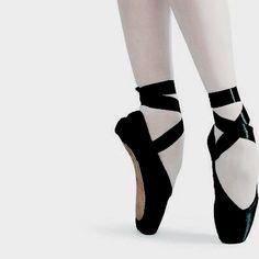 Pointe Shoes, Ballet Shoes, Black Swan, Black And White, Black Widow Aesthetic, Dr Shoes, Cassandra Cain, Princess Tutu, Natasha Romanoff
