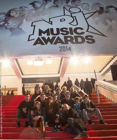 Photo d'équipe sur les mythiques marches du Palais des Festivals à Cannes, bravo à tous ! Music Awards 2014, Nrj Music, Bravo, Palais Des Festivals, Cannes, Broadway Shows, Photos, Pictures, Photographs