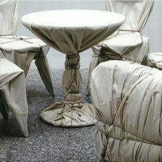 Duel au soleil — Christo and Jeanne-Claude Christo And Jeanne Claude, Instalation Art, Gcse Art, Stage Design, Art Object, Land Art, Sculpture Art, Contemporary Art, Scene