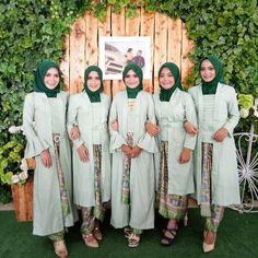 Kebaya Kutu Baru Hijab, Kebaya Brokat, Kebaya Muslim, Kutubaru Hijab, Vestido Batik, Batik Dress, Kebaya Simple, Kebaya Modern Hijab, Model Kebaya