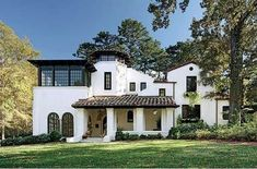 Peek Inside 29 Spectacular Spanish-Style Homes : Architectural Digest Spanish Exterior, Spanish Colonial Homes, Spanish Style Homes, Spanish Bungalow, Craftsman Exterior, Hacienda Style Homes, Spanish House Design, Spanish Revival Home, Exterior Homes