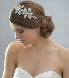 Bracelet Brooch Down Earrings Half-up Headband Necklace Tiara Updo Wedding Jewelry Photos & Pictures - WeddingWire.com