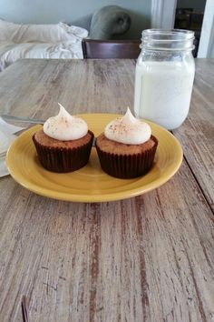 """""""EVERYTHING, I mean EVERYTHING is good here: the cupcakes, cookies, teas and coffees are perfectly wonderful. Vanilla Sky cupcakes are my favorite but there are many to choose from."""" -Diana Conner"""
