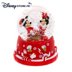Mickey and Minnie Mouse Snow Globe Christmas Snow Globes, Mickey Christmas, Christmas Time, Christmas Images, Holiday, Disney Music Box, Chrissy Snow, Disney Prices, Globe Image