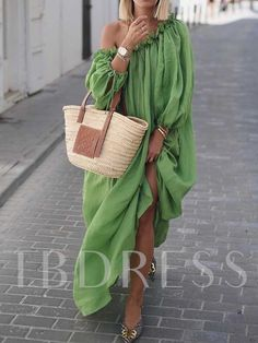 Casual Dress Classy off-shoulder pure color long sleeve dress, various style&color for you, shop now!Classy off-shoulder pure color long sleeve dress, various style&color for you, shop now! Belted Shirt Dress, Tee Dress, Green Dress Casual, Dress Name, Elegantes Outfit, Casual Dresses For Women, Woman Dresses, Maxi Dresses, Classy Dress