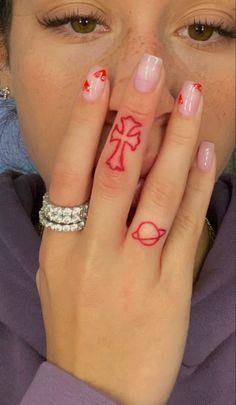 Red Ink Tattoos, Dainty Tattoos, Pretty Tattoos, Mini Tattoos, Cute Tattoos, Small Tattoos, Tatoos, Tatoo Henna, 1 Tattoo