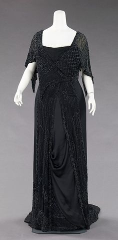 mourning dress 1910
