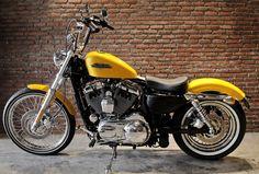 """2013 Harley-Davidson XL1200V Sportster """"72"""""""