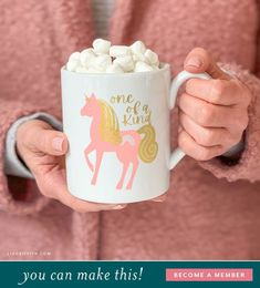 Easy Diy Projects, Diy Crafts For Kids, Make Your Own Mug, Felt Kids, Diy Party, Party Ideas, Wedding Crafts, Paper Roses, Finding Joy