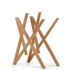 Order the Mika trestle by the designer Stephanie Jasny for the manufacturer Hans Hansen in the interior design shop. Folding Furniture, Furniture Legs, Table Furniture, Cool Furniture, Furniture Design, Design Shop, Shop Interior Design, Mika, Dining Room