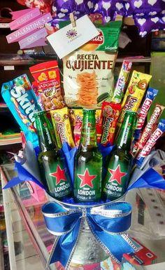 Regal o novio 21st Birthday Basket, Birthday For Him, Husband Birthday, Diy Birthday, Birthday Gifts, Bf Gifts, Love Gifts, Boyfriend Gifts, Gifts For Him