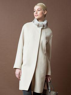 Пальто женское цвет холодный бежевый, пальтовая ткань, артикул 1015180p60104