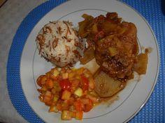 Otro menú para mi hrmanito...pollo a la vinagreta, arroz con palitos o fideos y ensalada de tomate con mostaza