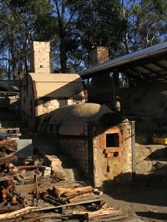 "Ben Richardson's ""Fatso"" kiln with extra chamber added, Tasmania The second wood kiln started off as a small groundhog type kiln for testing materials and packing strategies - this kiln has recently had another chamber added and now is more like a chambered kiln with extended firebox/1st chamber. http://www.ridgelinepottery.com.au/ben_richardson_pottery"