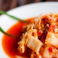 Romige, kruidige en redelijk pittige Indonesische stoofschotel, je eet er je vingers bij op als je niet uitkijkt! Je kunt er ook nog schelpdieren - bv mosselen...