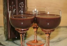 Ital Food, Hungarian Recipes, Hungarian Food, Christmas Drinks, Red Wine, Wine Glass, Alcoholic Drinks, Food And Drink, Tableware