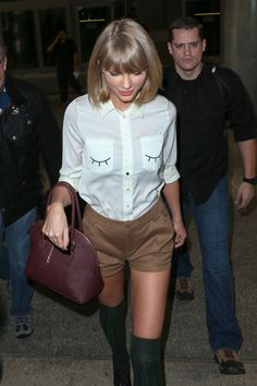 cutest shirt ever Taylor Swift Hot, Swift 3, Taylor Songs, Ethel Kennedy, Cute Shirts, My Idol, Hipster, Celebs, Fashion Inspiration