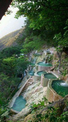 Grutas de Tolantongo, Mexico                                                                                                                                                                                 Más #TravelDestinations #TravelDestinationsUsaCheap