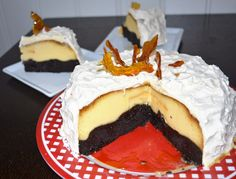 Cocoa cake with flavoured flan