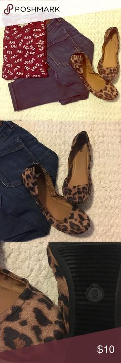 Cute Leopard Flats 🐆 Never worn flats. They are really cute but they don't fit me. True to size. Mossimo Supply Co Shoes Flats & Loafers