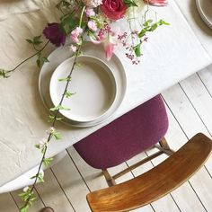 Hoch die Hände, Wochenende! Für diesen Freitag gibt es anstatt frischer Wände farbige Blumen auf den Tisch. Und das passt natürlich zum…