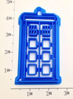 Doctor Who Tardis Outline and Stamp Cookie Cutter by WarpZone