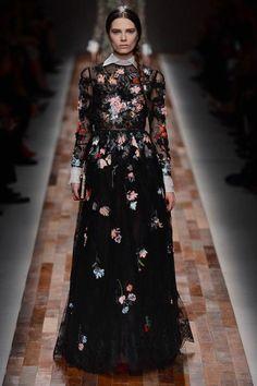 Valentino, Paris Fashion Week Fall 2013     source: style.com
