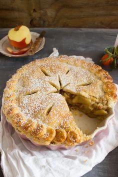 Rezept für einen Chai Spiced Apple Pie, der an kalten Wintertagen von innen wärmt - Hey Foodsister Chai, Apple Pie, Apple Tarts, Spiced Apples, Winter, Spices, Sweets, Desserts, Food