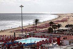 Schwimmbad und Strand in Playa del Ingles - Gran Canaria  from http://www.kanaren-virtuell.de